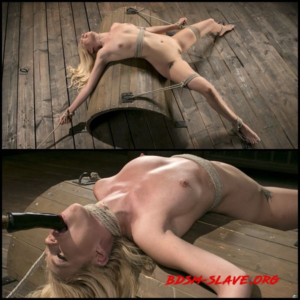 Sexy Blonde Mistres Submits to Rope Bondage and Suffering Actress - Lyra Law, The Pope [HD/2020]