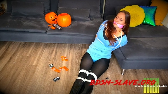Tricked By Brats For Treats Actress - Karly Salinas [FullHD/2020]